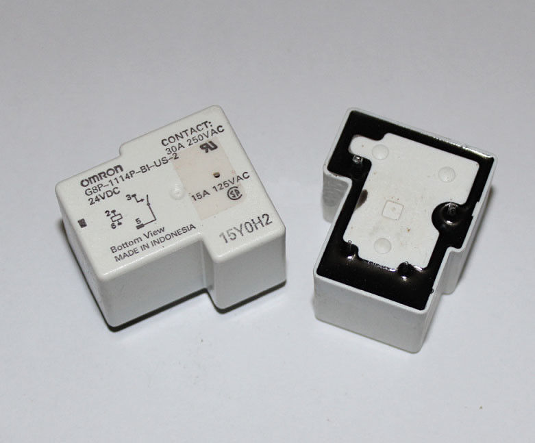 Omron relay G8P-1114P-BI-US-2-24VDC - 15A (4 Pin)